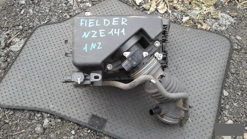 Корпус воздушного фильтра Toyota Corolla Fielder NZE141 1NZFE 2010 (б/у)