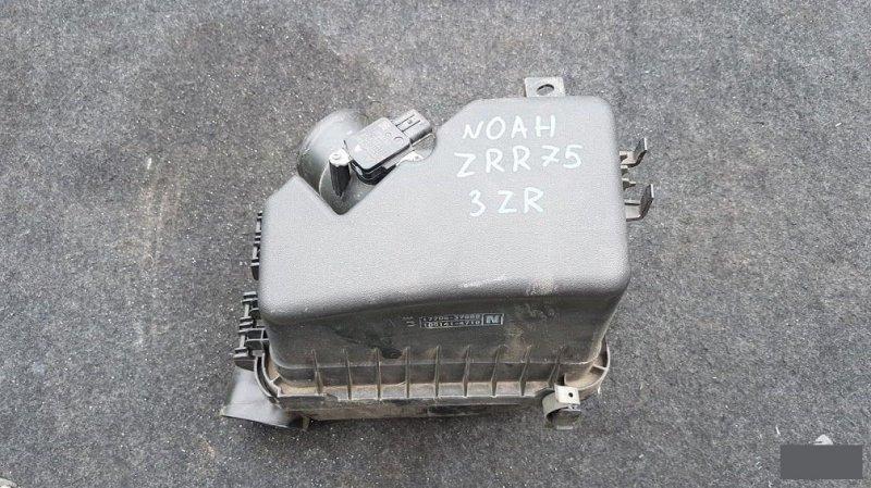 Корпус воздушного фильтра Toyota Noah ZRR70 3ZR 2009 (б/у)