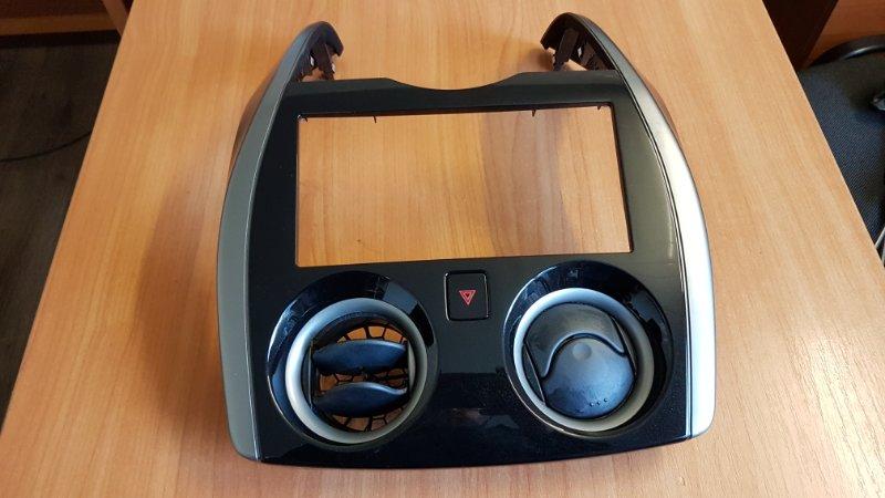 Консоль магнитофона Nissan Note E12 HR12 (б/у)