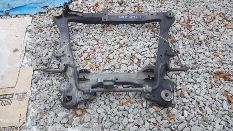 Балка под двс Toyota Camry ACV40 2AZ передняя (б/у)