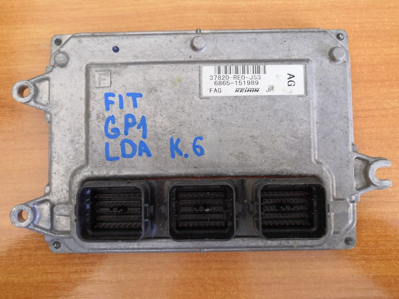 Блок efi Honda Fit GP1 (б/у)