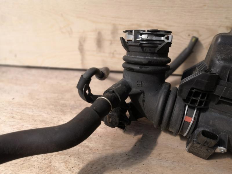 Патрубок воздушного фильтра Toyota Vitz KSP130 1NR (б/у)
