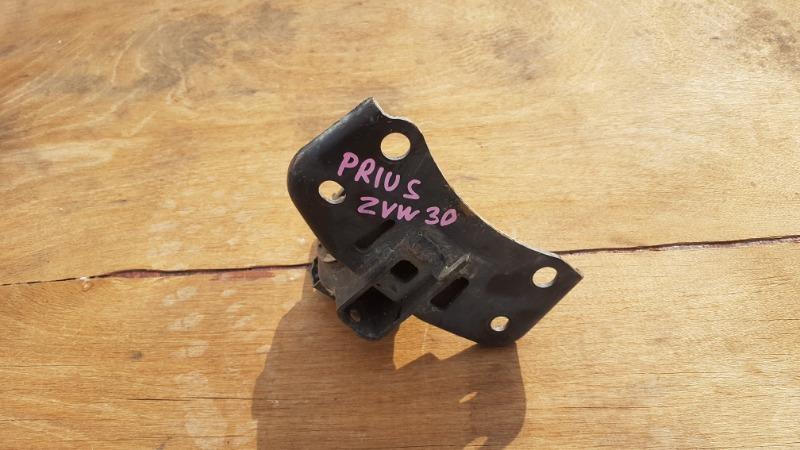 Подушка двигателя Toyota Prius NHW30 2ZRFXE передняя левая (б/у)