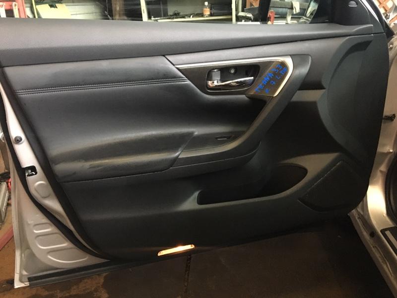 Обшивка дверей Nissan Teana L33 QR25DE 2017 передняя левая (б/у)