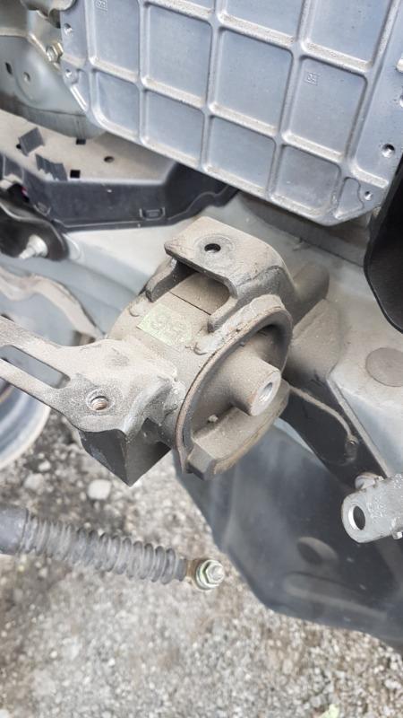 Подушка двигателя Toyota Premio NZT260 1NZFE 2011 передняя левая (б/у)