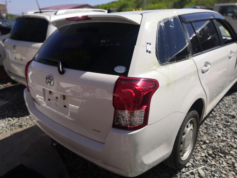 Rear cut Toyota Corolla Fielder NZE164 1NZ 2013 (б/у)