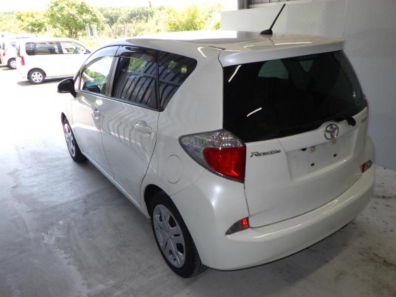 Порог кузова Toyota Ractis NCP120 1NZ 2011 левый (б/у)