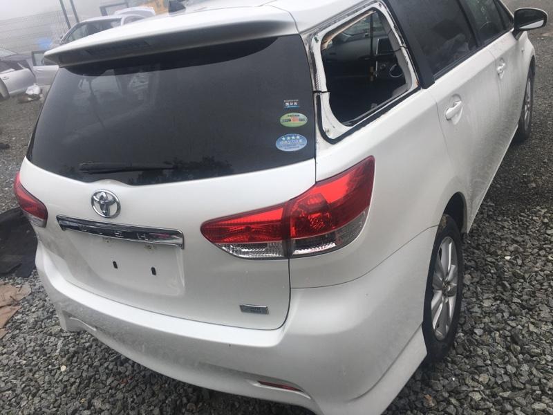 Rear cut Toyota Wish ZGE20 2011 (б/у)