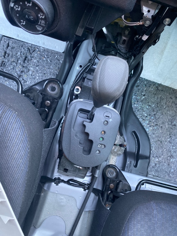 Селектор акпп Toyota Probox NCP165V 2016 (б/у)