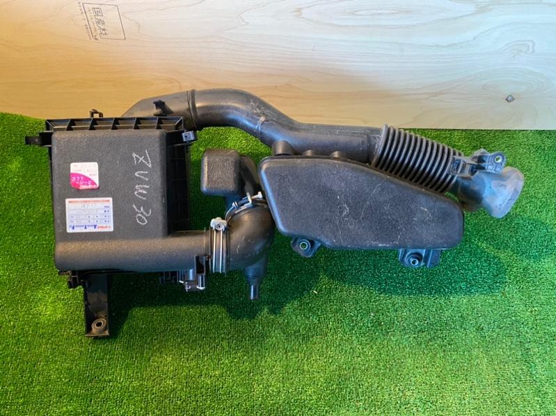 Корпус воздушного фильтра Toyota Prius ZVW30 2ZR-FXE (б/у)