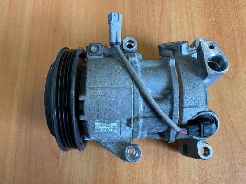 Компрессор кондиционера Toyota Vitz NCP131 1NZ-FE (б/у)