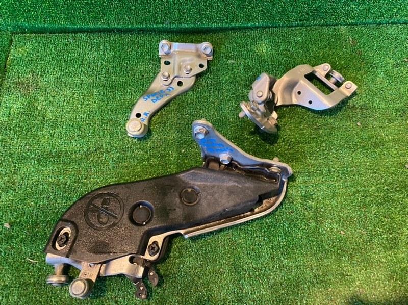 Ролик двери Suzuki Spacia MK32S задний правый (б/у)