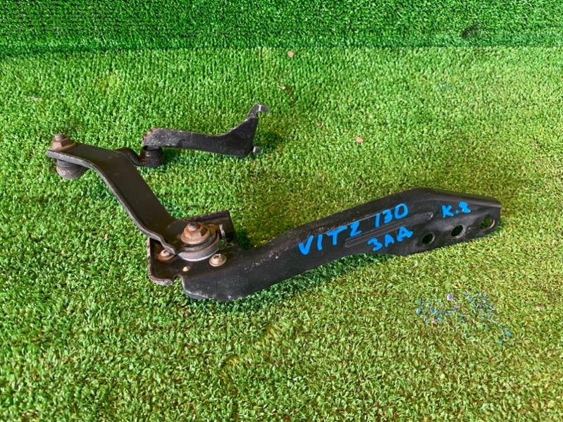Датчик корректора фар Toyota Vitz KSP130 задний (б/у)