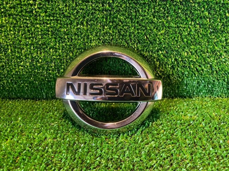 Эмблема Nissan Note E12 задняя (б/у)