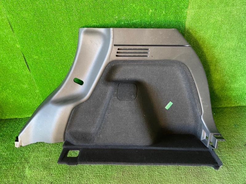 Обшивка багажника Honda Vezel RU1 задняя правая (б/у)