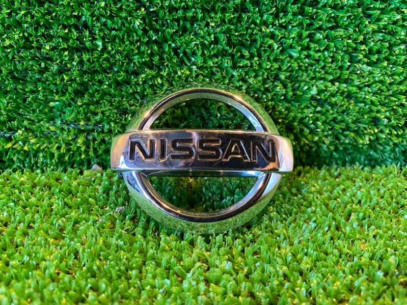 Эмблема Nissan Note E12 HR12 2015 (б/у)