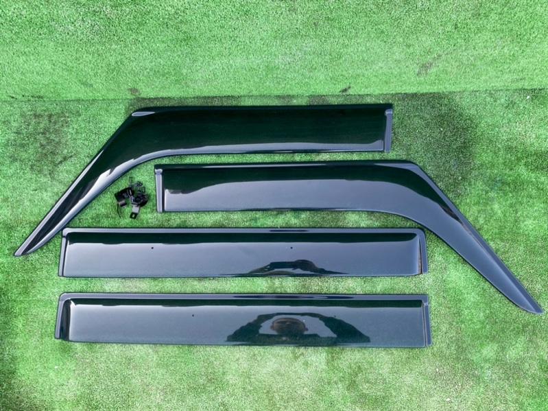 Ветровики комплект Suzuki Spacia MK42S R06A (б/у)