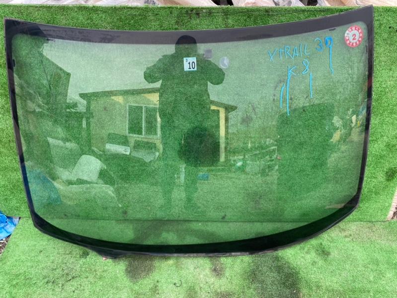 Лобовое стекло Nissan X-Trail NT30 (б/у)