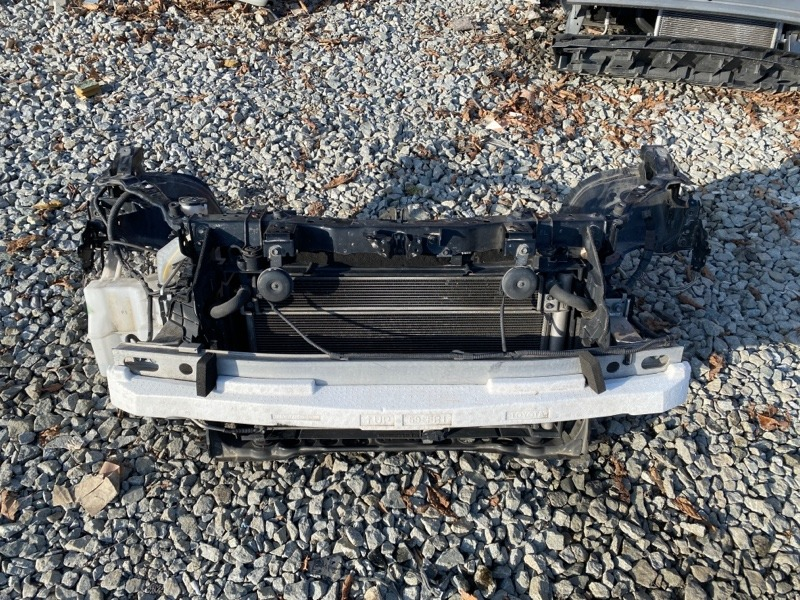 Телевизор Toyota Prius ZVW30 2010 (б/у)