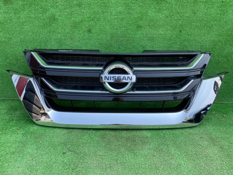 Решетка Nissan Serena C27 (б/у)