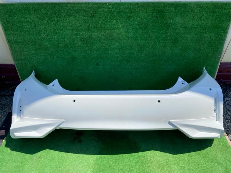 Бампер Toyota Aqua NHP10 задний (б/у)