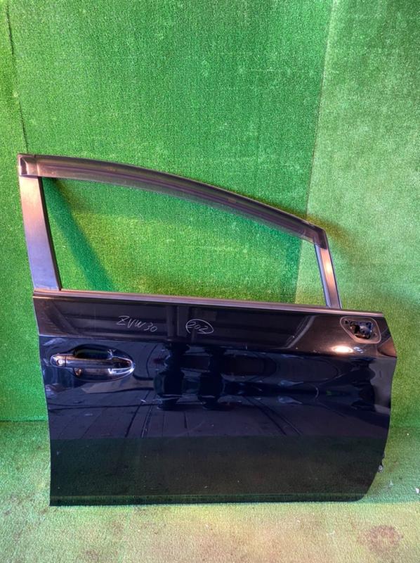 Дверь Toyota Prius ZVW30 передняя правая (б/у)
