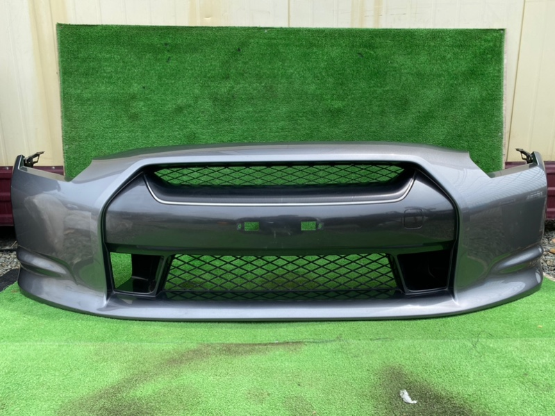 Бампер Nissan Gt-R R35 передний (б/у)