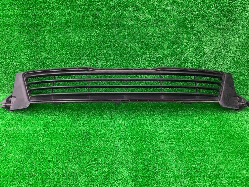 Решетка бамперная Toyota Mark X GRX130 (б/у)
