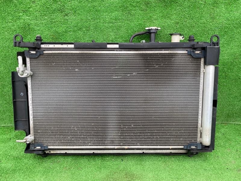 Радиатор основной Toyota Corolla Fielder NKE165 1NZ-FXE (б/у)