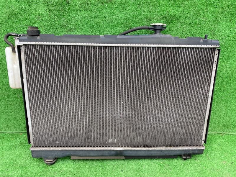 Радиатор основной Toyota Voxy ZRR70 (б/у)