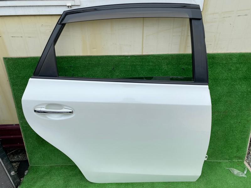 Дверь Toyota Prius Alpha ZVW40 задняя правая (б/у)