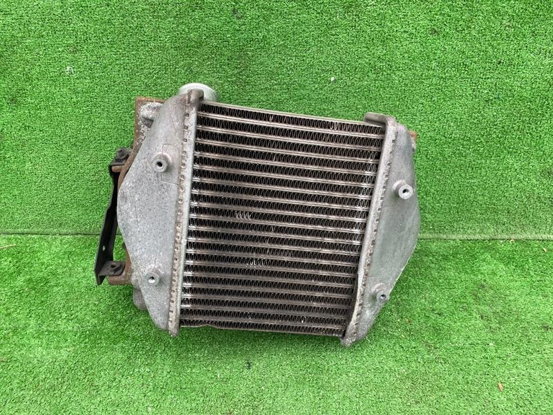 Радиатор интеркулера Nissan Silvia S13 CA18DE (б/у)