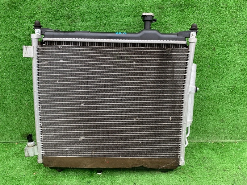 Радиатор основной Nissan Note E12 HR12 (б/у)