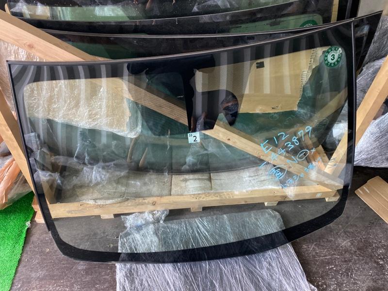 Лобовое стекло Nissan Note E12 2016 (б/у)