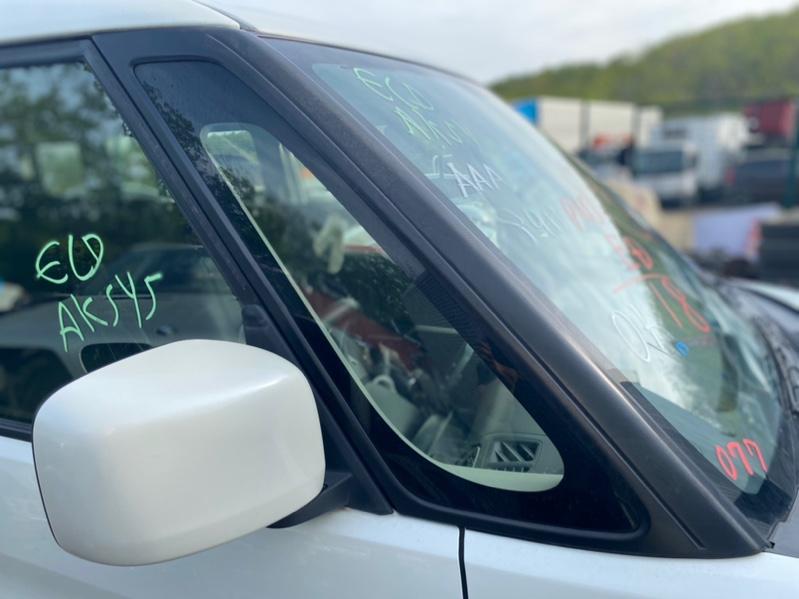 Форточка кузова Suzuki Solio MA36S передняя правая (б/у)