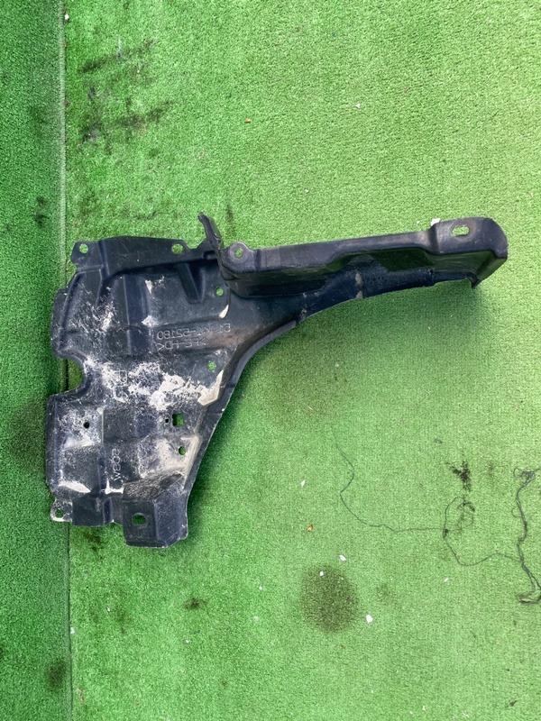 Защита двигателя Toyota Corolla Fielder NKE165 передняя правая (б/у)