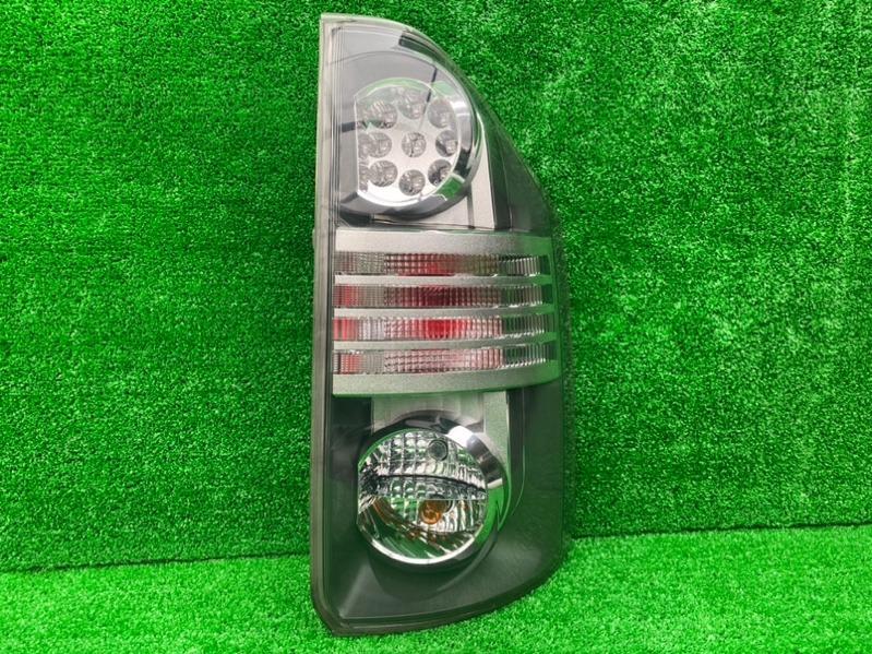 Стоп-сигнал Toyota Voxy ZRR70 3ZR-FAE задний правый (б/у)