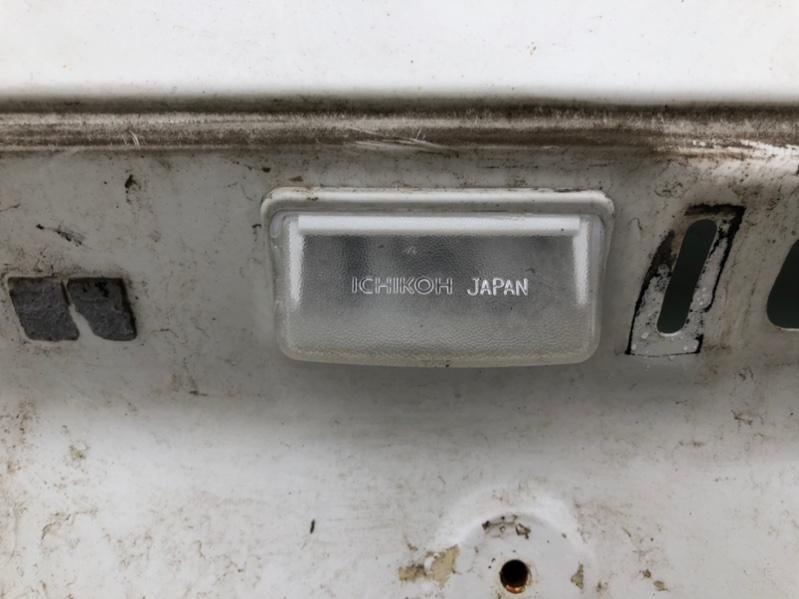 Подсветка номера Toyota Alphard ANH15 левая (б/у)