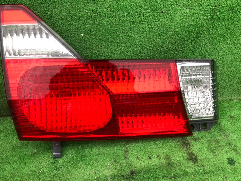 Стоп-вставка Toyota Alphard ANH15 левая (б/у)