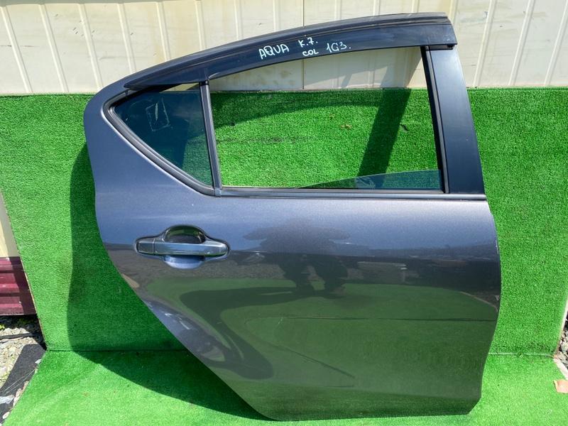 Дверь Toyota Aqua NHP10 задняя правая (б/у)