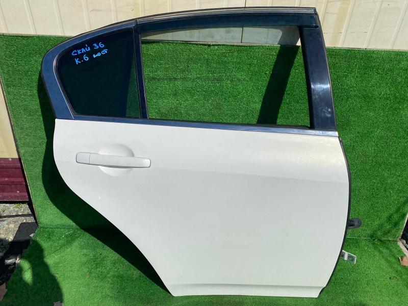 Дверь Nissan Skyline KV36 задняя правая (б/у)