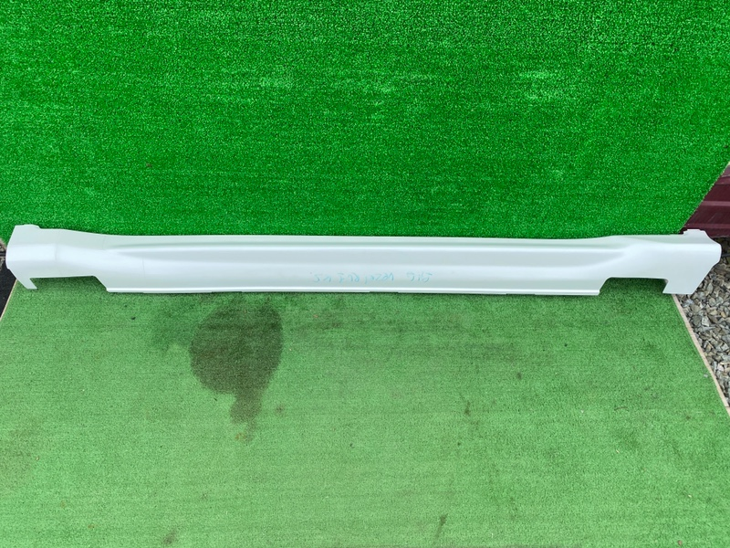 Порог Honda Vezel RU1 правый (б/у)