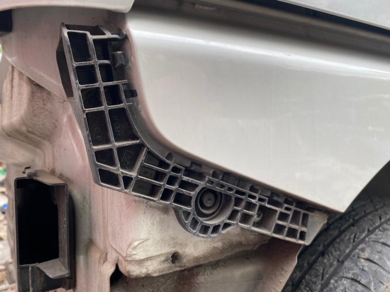 Крепление бампера Suzuki Solio MA36S K12C заднее правое (б/у)