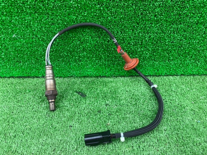 Датчик кислородный Toyota Probox NCP165V 1NZ-FE (б/у)