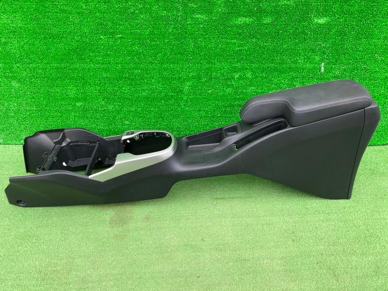 Бардачок между сиденьями Honda Fit GK5 L13B (б/у)