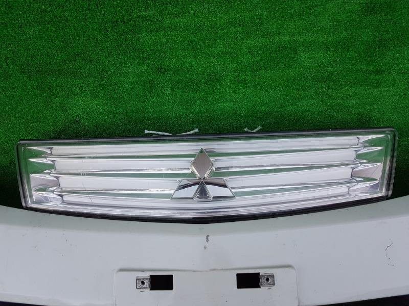 Решетка Mitsubishi Delica D:2 MB15S K12B 2012 передняя (б/у)
