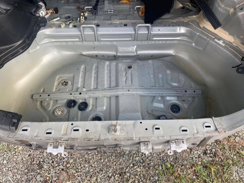 Тазик железный Toyota Noah ZRR80 3ZR-FAE задний (б/у)