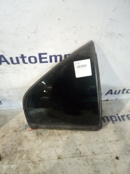 Стекло двери Mitsubishi Galant EA1A 4G64GDI 1996 заднее правое (б/у)