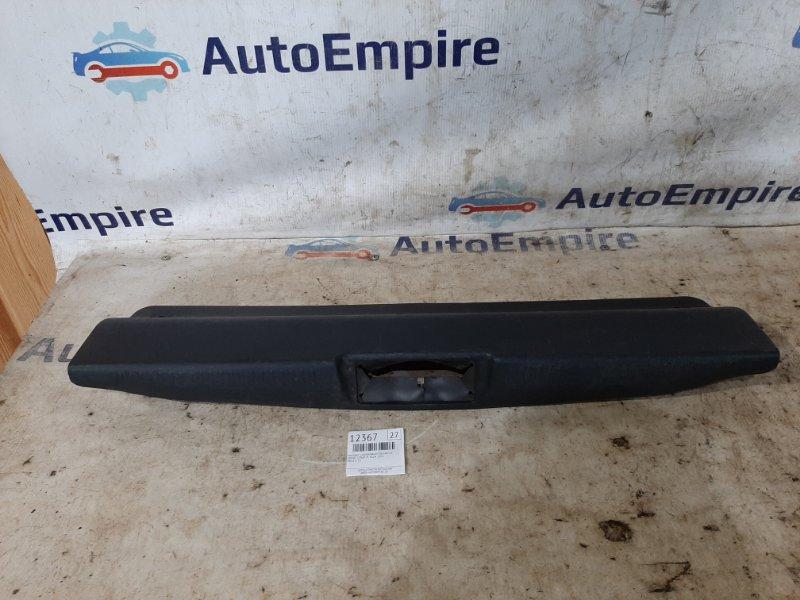 Накладка декоративная багажника Dodge Stratus 4G64 2003 (б/у)
