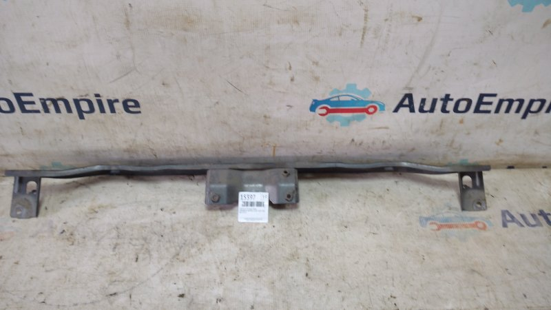 Усилитель бампера Mitsubishi Airtrek CU5W 4G69 2004 передний (б/у)